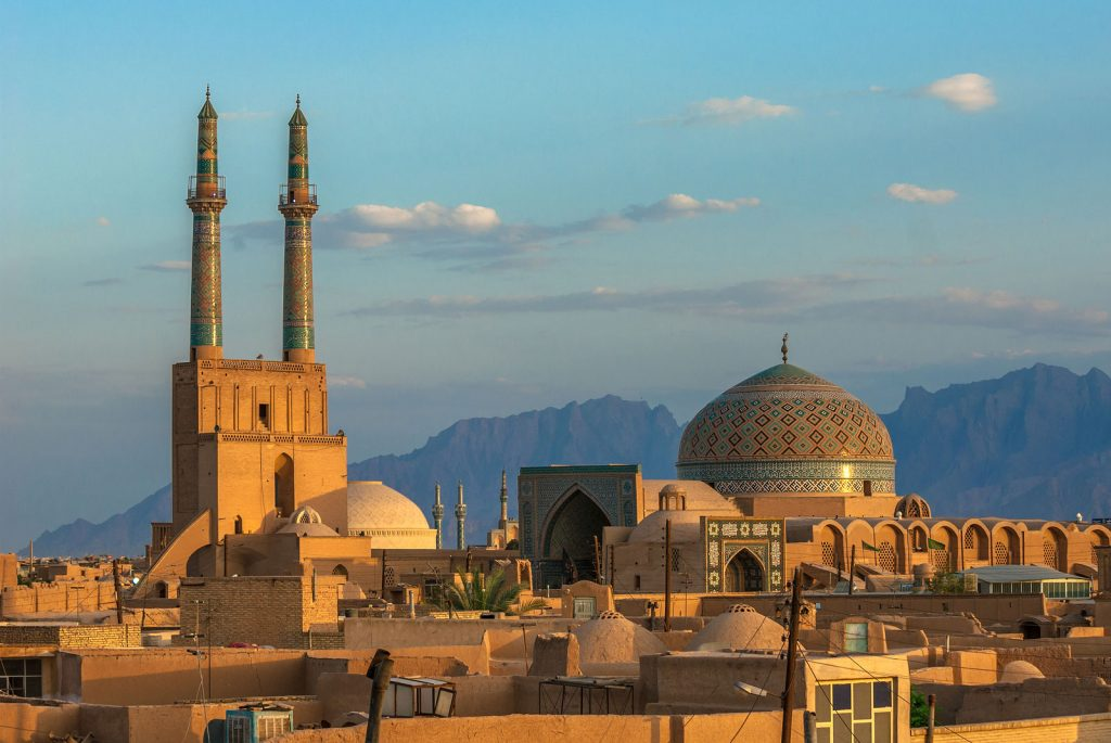 yazd sunset over ancient city of ya