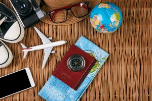 travel map globe glasses airplane