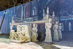 golestan palace throne behind glass