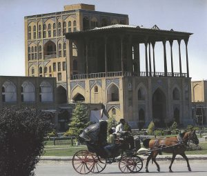 iran horse carriage
