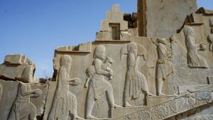 persepolis walking up stairs carving