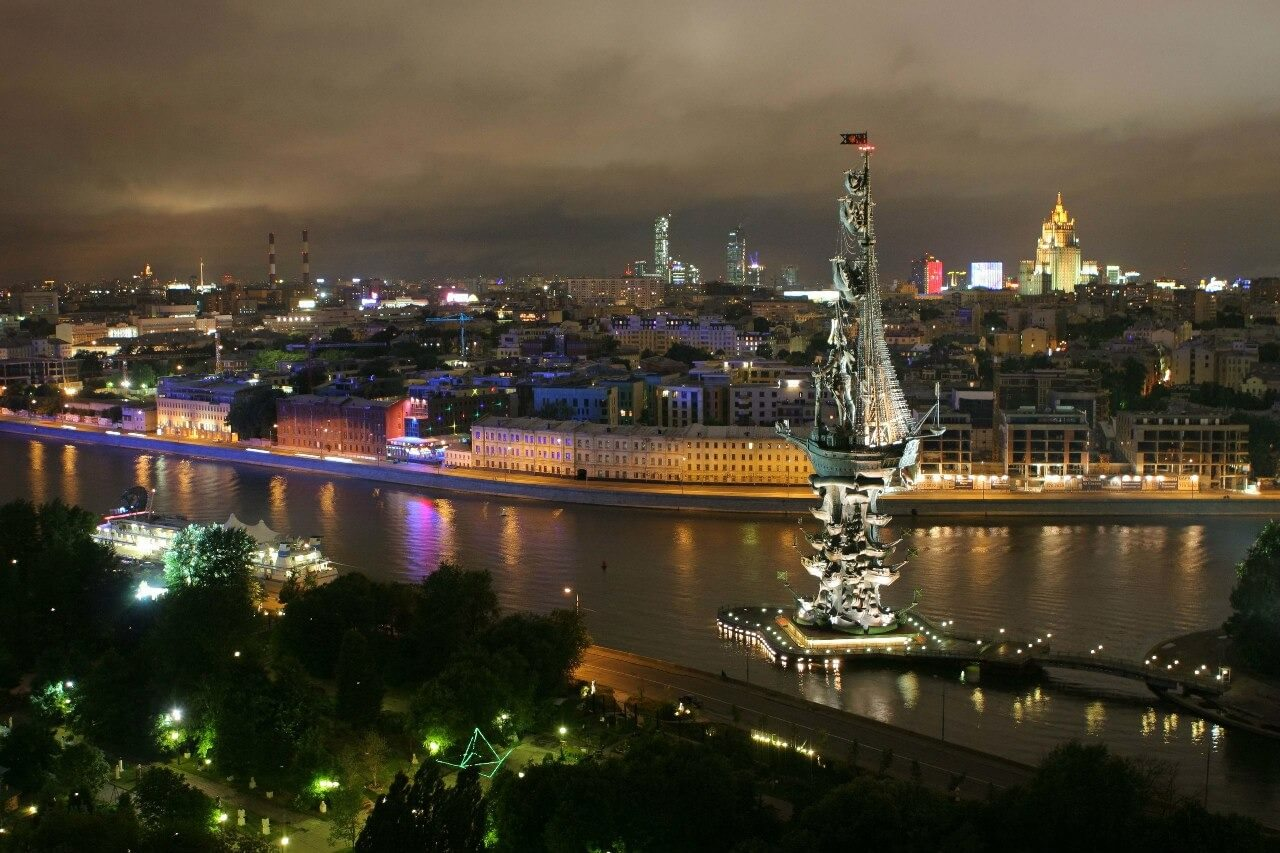 cyrustravel peter the great statue moscow russia